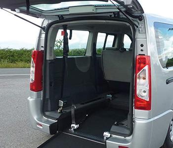 habillage de véhicules adaptés PMR, thermoformage