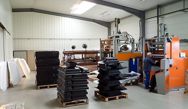 Atelier machine thermoformage Thermoformes